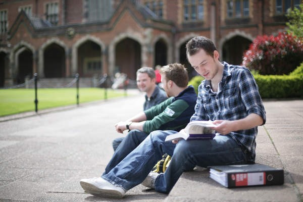 The Benefits Of Pursuing An MBA Full Time