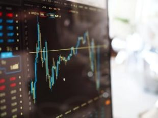 Technical Analysis and Trading Decision-Making
