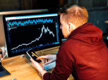 Critical Tips to Use When Picking Your First Broker to Help You Learn How to Trade Your Stocks