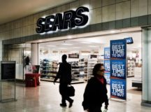 Sears, Closing In On Bankruptcy, Nears Deal For Financing To Stay Alive Until Christmas