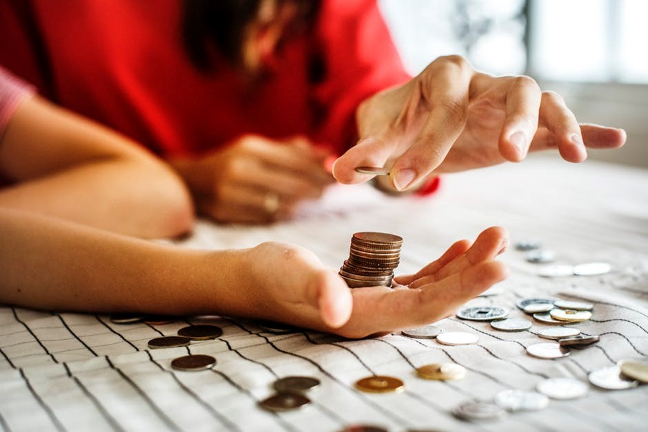 How to Build a Realistic Personal Budget for 2019 That You Stick With