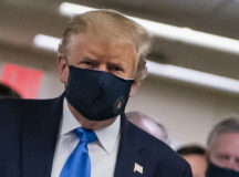Trump wearing a mask is 'patriotic'