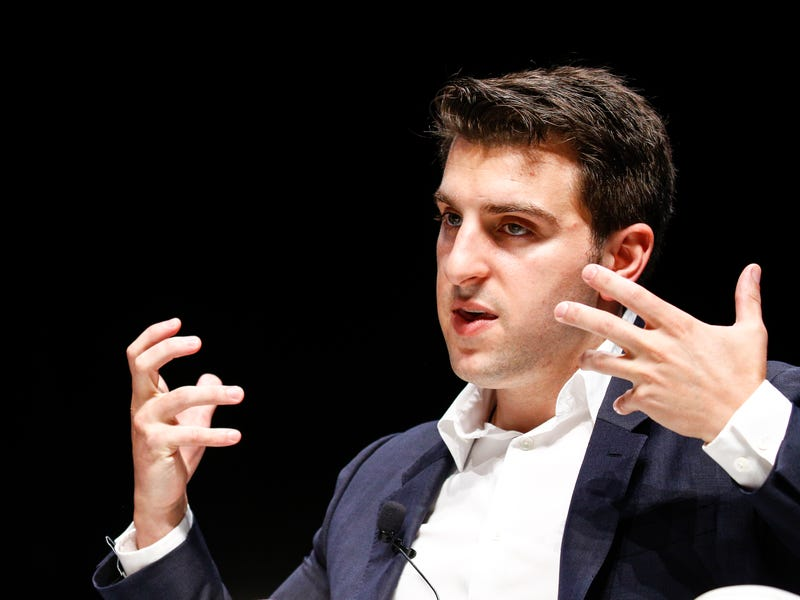 Chesky has said that one of his biggest productivity hacks is making lists.