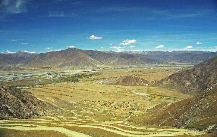 The Sichuan-Tibet Highway, China